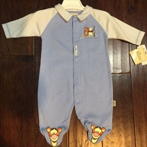 NWT Disney Pooh One Piece Footed Romper, 0-3 M